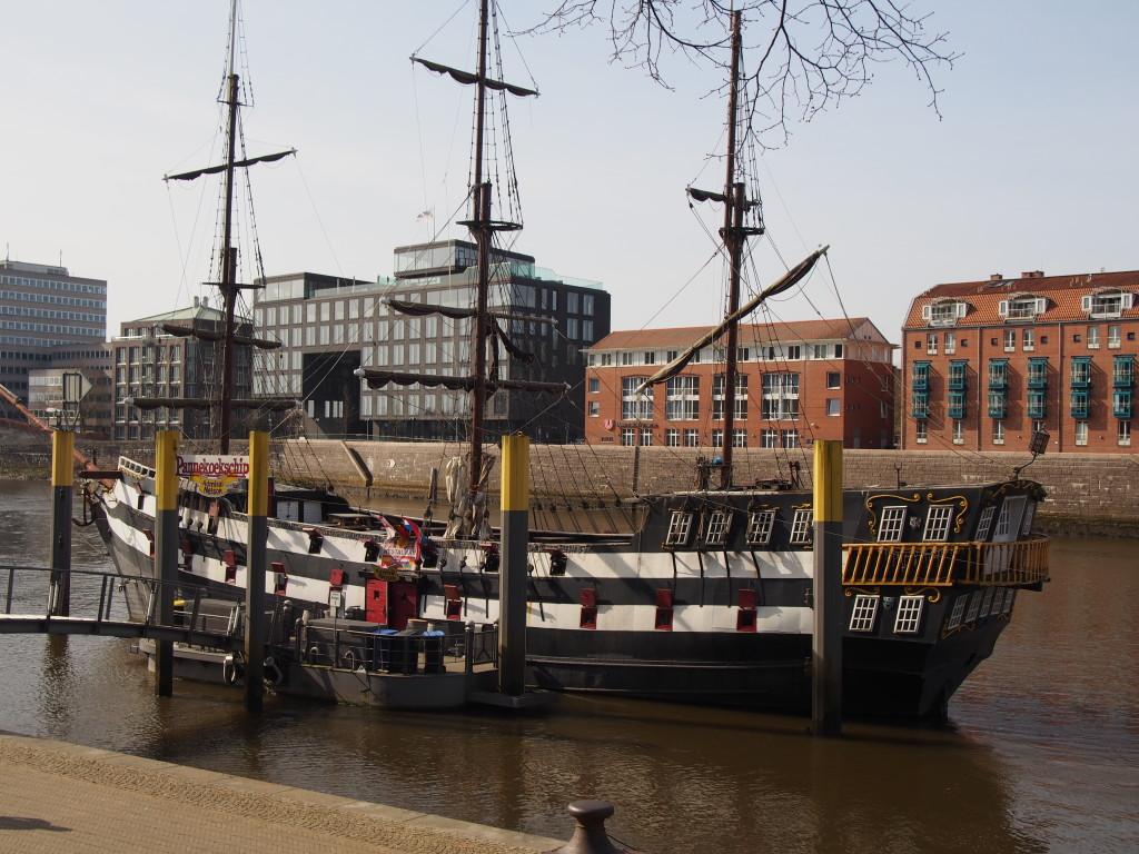 Schiff an der Schlachte, Bremen